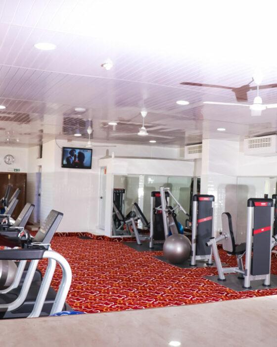 gym fitness sarakawa